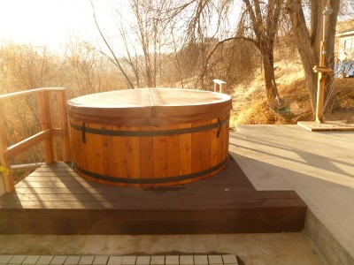 Redwood Geothermal Hot Springs Tub