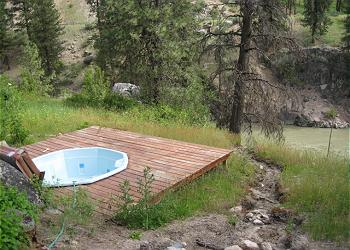 The Southfork Cabin's Geothermal Hot Tub